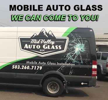 This image has an empty alt attribute; its file name is mobile_auto_glass_truck_mid_valley.jpg